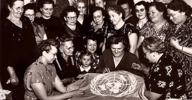 """""""Birleşmiş Milletler Kadınlar On Yılı"""" programından Türkiye'nin de etkilenmesiyle, 1975 yılında """"Türkiye 1975 Kadın Yılı"""" kongresi yapıldı."""