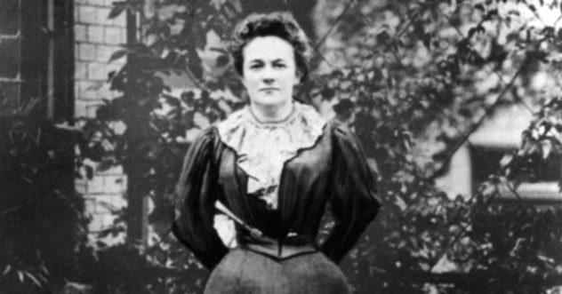 8 Mart'ın Dünya Kadınlar Günü olarak anılmasını Clara Zetkin önermişti.